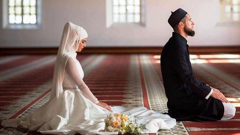 Wazifa To Make Husband Crazy In Love